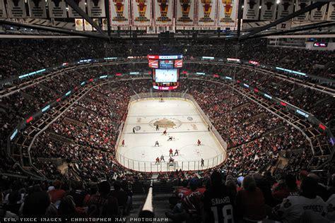 sports stadium review united center chicago blackhawks tailgating bbqsuperstars Pro