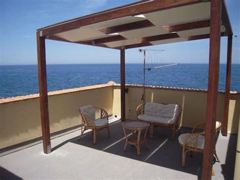 copertura terrazzo in legno prezzo copertura in legno per terrazzo va96 pineglen