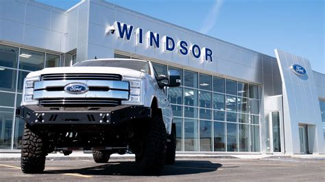 Why you should shop the Largest Ford Dealership in Canada ...