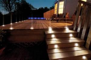 Eclairage Terrasse Bois : eclairage terrasse bois lanterne exterieur lumiere jardin ~ Melissatoandfro.com Idées de Décoration