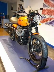 Racing Caf U00e8  Triumph Scrambler 900 By Triumph Grenoble