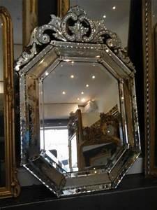 Miroir Vénitien Ancien : les 13 meilleures images du tableau miroirs anciens sur pinterest miroirs anciens antiquaire ~ Preciouscoupons.com Idées de Décoration