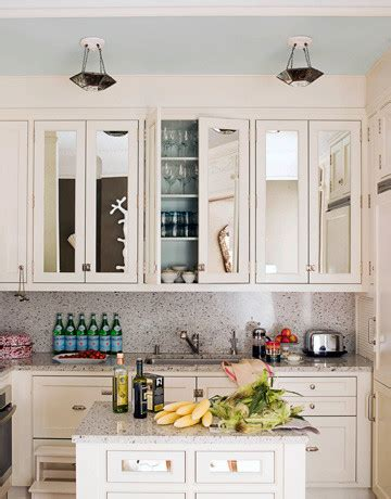 Mirrored Kitchen Cabinets by Mirrored Cabinet Doors Ideas To Update The Kitchen