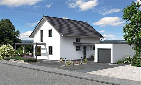 Häuser Mit Satteldach Und Garage by Top 179 Haus Hartl Haus Home In 2019 Haus Mit Garage