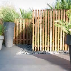 les 25 meilleures id 233 es concernant cloture bois sur jardin de palissade palissade
