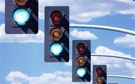 Why A Line Of Cars Seems Slow To Respond To A Green Light