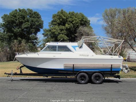 Cabin Cruiser Chaparral Boats by West Auctions Auction Fiberform Cabin Cruiser Boat