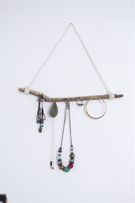 17 meilleures id 233 es 224 propos de porte bijoux sur rangement bijoux mur d