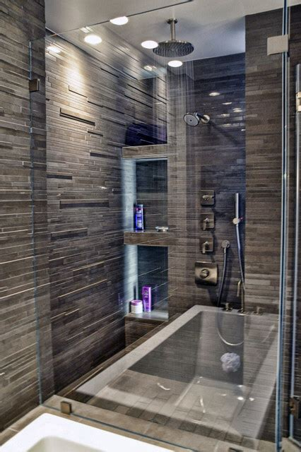 Pretty Bathroom Showers by Pretty Walk In Shower With Tile Master Bathroom