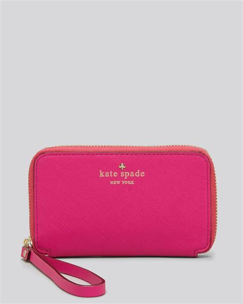 kate spade iphone wristlet kate spade iphone 5 wristlet in pink snapdragon lyst