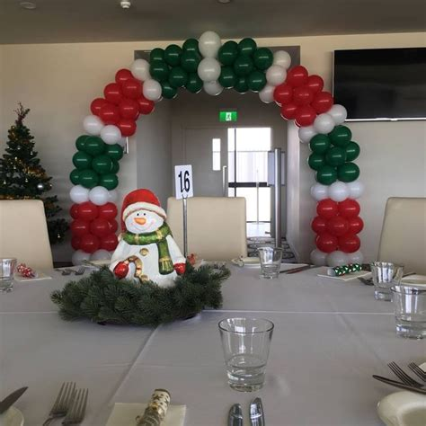 christmas balloon arch love  red green  white
