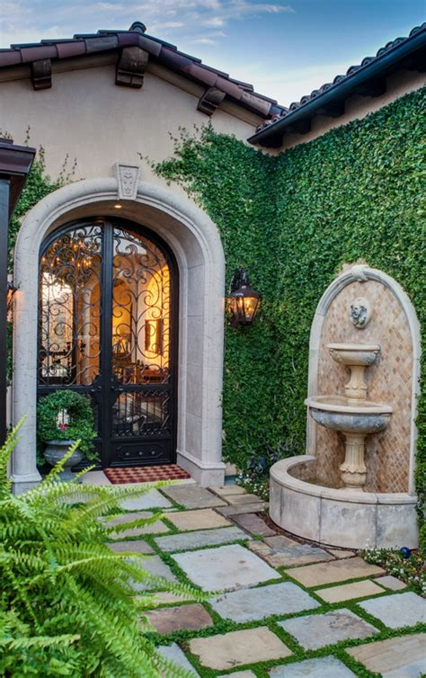 pin     spanish colonial courtyard house tuscan