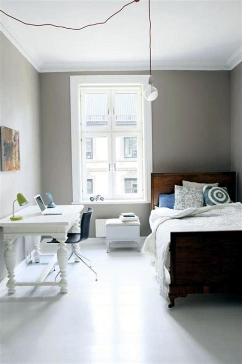 Ideas For Single Bedroom by 12 Ways To Make A Small Space Look And Feel Bigger