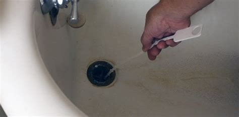 eliminating sink  bathtub drain odors todays homeowner
