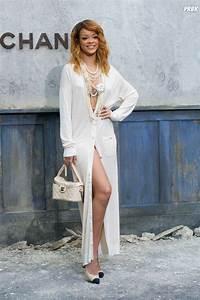 rihanna nue sous sa robe pour la fashion week de paris With nu sous sa robe