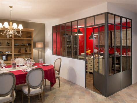verriere cuisine salon une verrière à deux pans pour séparer la cuisine du salon