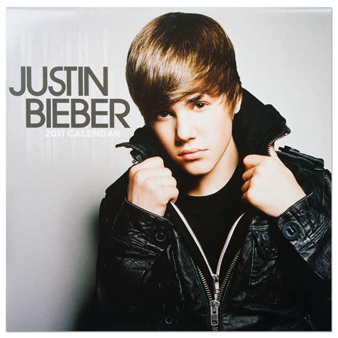 Justin Bieber by New Wallpaper 2011 Justin Bieber 2011 The Phenomenon Of