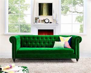 30 lush green velvet sofas in cozy living rooms for Bright green sectional sofa