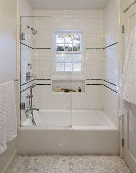 Badezimmer Fliesen Klassisch by Classic 1930 S Tile Work For Shower Traditional
