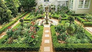 British-inspired, Courtyard, -, Classic, Courtyards