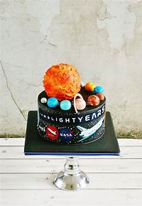 Outer Space Cake Designs