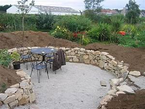 un muret en pierre naturelle dans votre jardin muret With wonderful photo de jardin de maison 0 creation de jardin alsace paysagiste alsace jardin