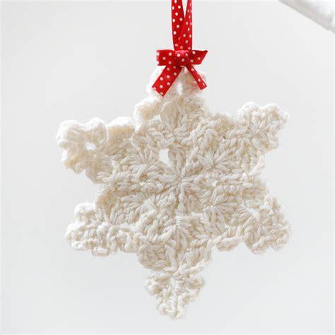 crochet snowflake patterns gorgeous tree decorations