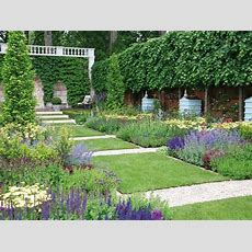 Pictures Of Formal English Gardens  Gravel Path, English