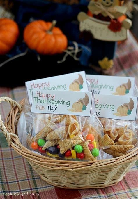bugle cornucopias   thanksgiving printable cookies