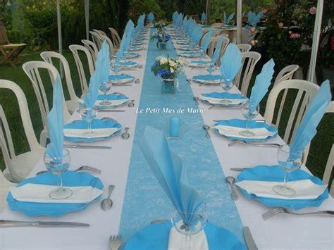 decoration table communion bleu et blanc
