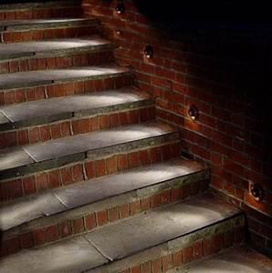 Attractive outdoor steps lighting designs