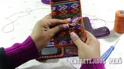 tejido billetera en dama  crochet en manta peruana