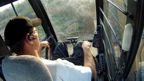 john deere  lc excavator  operator controls work