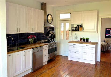 ikea white cabinets kitchen interior fascinating small kitchen decorating ideas using 4612