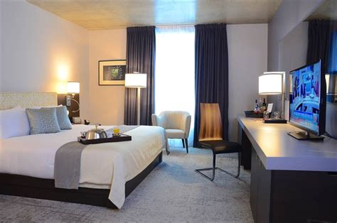 chambre hote riom guest rooms in montreal at hotel 10