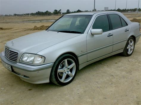 mercedes benz  class owners manual