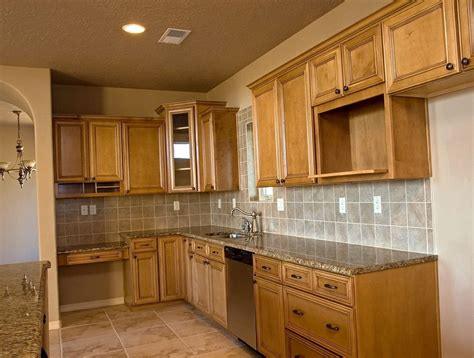 kitchen cabinets  sale  owner   home