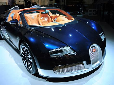Wallpaper Bugatti Luxury Sports Car 1920x1200 Hd Picture