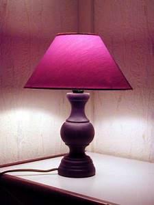 Des Lampes De Chevet Pour Illuminer Toute La Maison