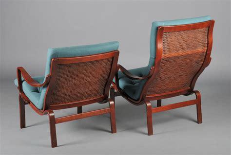 dossier de canapé fauteuils suédois design scandinave