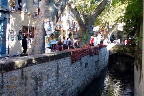 Siege De L Unesco - avignon cité grandiose et ville d 39 the provence herald