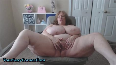 BBW Granny Has The Biggest Natural Saggy Tits In USA ...