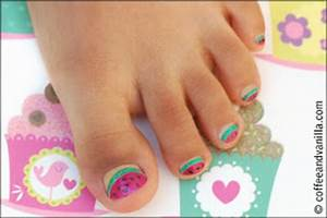 Childrenhairstyles22: Little Girls Manicures and Nail Art