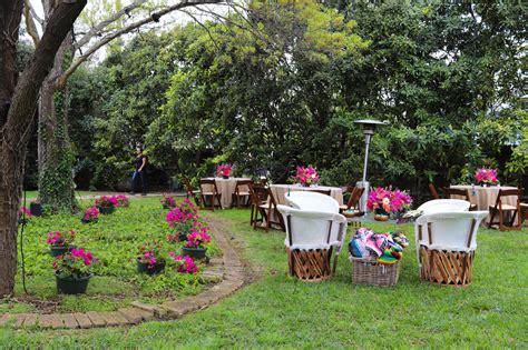san antonio backyard wedding