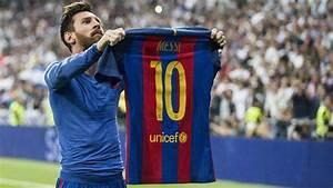 FC Barcelona Messi Incendia El Bernabu