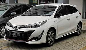 Toyota Yaris Sport : toyota yaris xp150 wikipedia ~ Medecine-chirurgie-esthetiques.com Avis de Voitures
