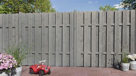 Sichtschutz Garten Holz Grau by Sichtschutz Bohlenzaun Kiefer Fichte Grau Lasiert
