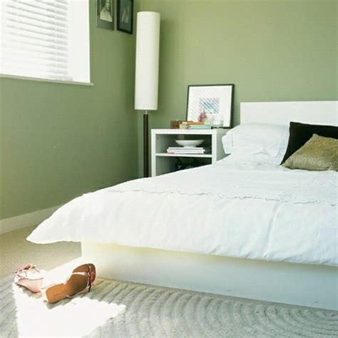 chambre mur vert la chambre à coucher verte en 33 exemples