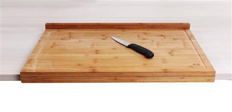 planche pour plan de travail cuisine planche de travail en bambou grand modèle avec rebord