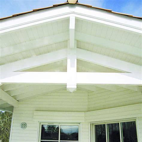 lambris pvc exterieur sous toiture lambris de sous d avanc 233 e de toiture en 233 pic 233 a pr 233 peint upm
